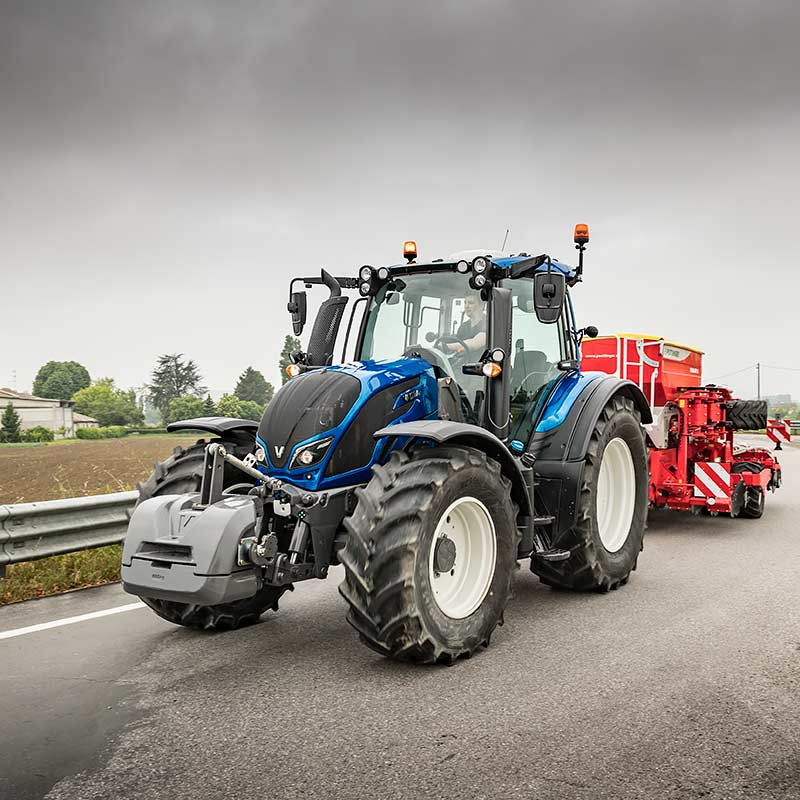 valtra n4 series driving on the road